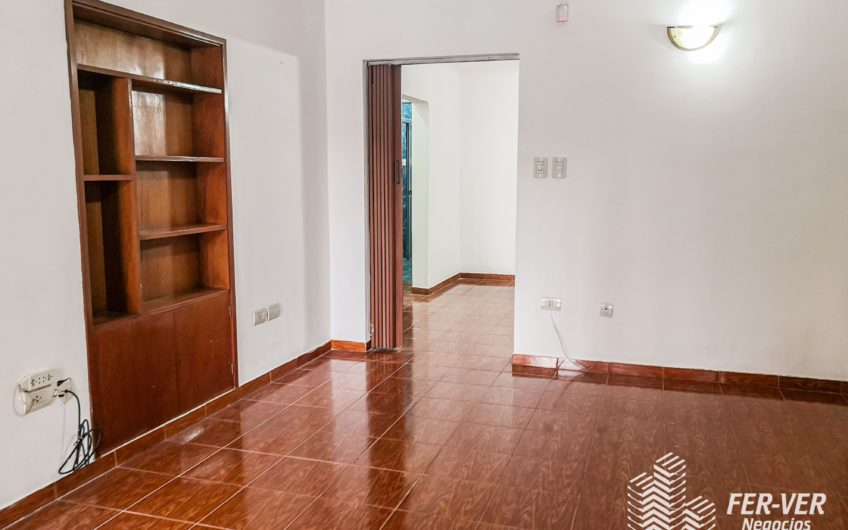 Casa 3 dormitorios – Venta – Barrio Palomar – Calle Moreno